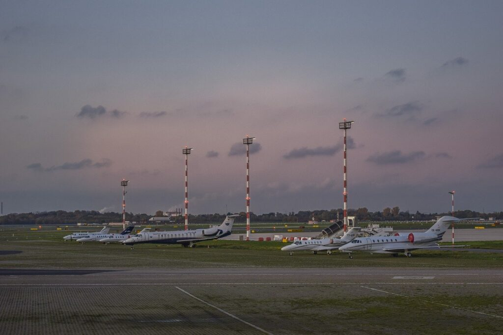 airport, prior to, passenger aircraft