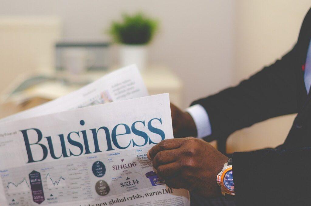 business, businessman, newspaper-1031754.jpg